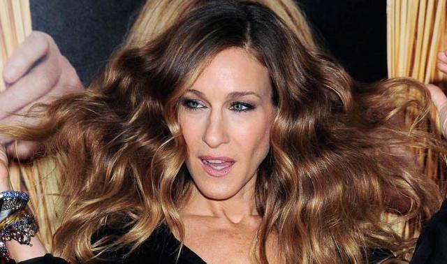 Sarah-Jessica-Parker-obsedee-par-ses-cheveux_portrait_w674