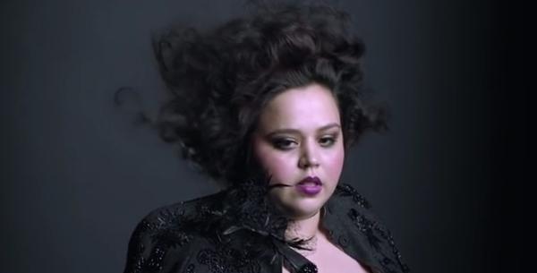 Luzmaria Vargas, il nuovo volto plus size di Mac