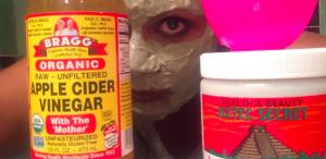 Mindy Kaling e il segreto per una pelle luminosa