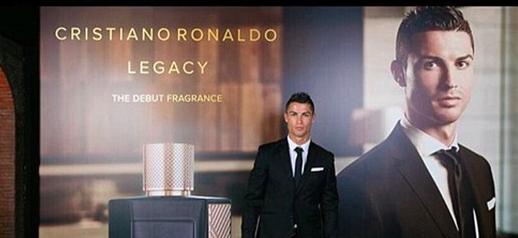 """Cristiano Ronaldo ha lanciato i primi di settembre la sua fragranza """"Cristiano Ronaldo Legacy"""""""