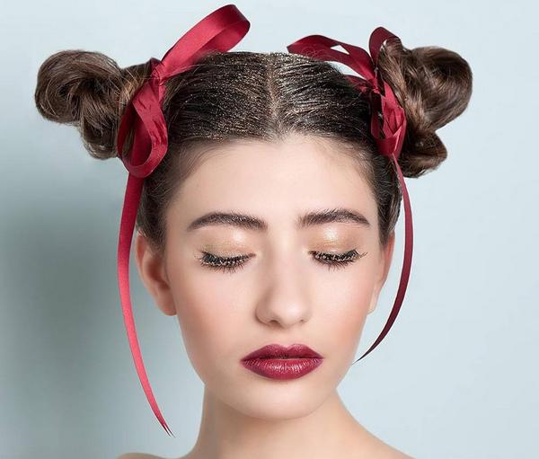 5 modi originali e glamour per usare i glitter a Capodan