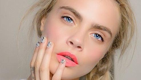 Peel-off lip tint