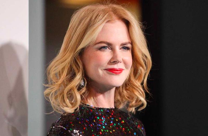 Nicole Kidman ha abbandonato la chioma lunga per questo bob medio ondulato